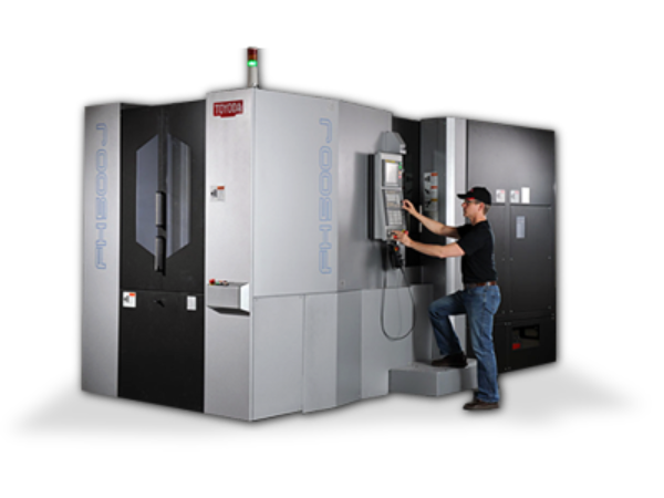 Horizontal Machining Center with operator